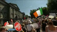 Thousands rally in Dublin over abortion