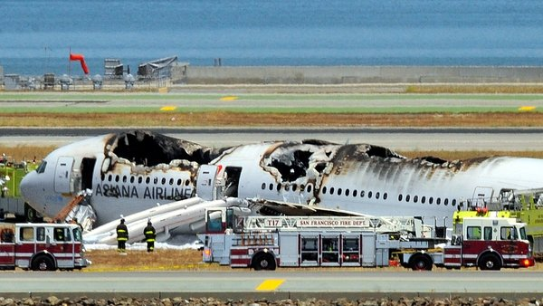 At least one person has died after a Korean airliner crashed at San Francisco airport with 307 people on board