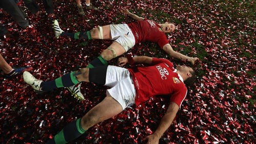 Alun Wyn Jones and Jamie Roberts celebrate the series victory