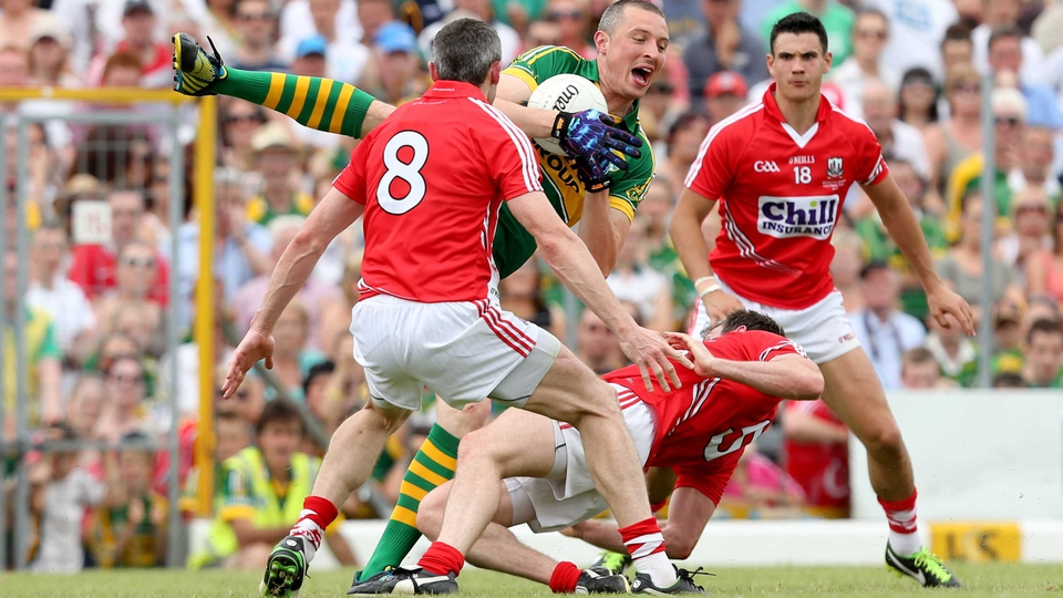 Kieran 'Roundhouse' Donaghy repels his Cork rivals