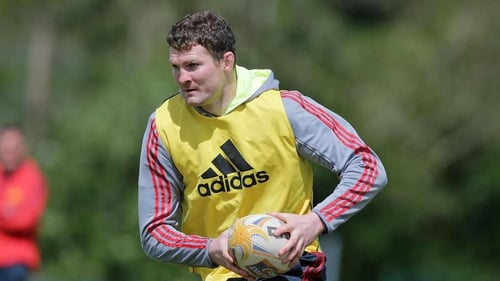 Donnacha Ryan is ruled out for the next ten weeks with a knee injury