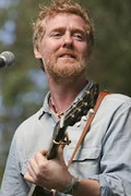 Irish singer songwriter Glen Hansard