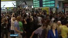Edward Snowden seeking temporary asylum in Russia