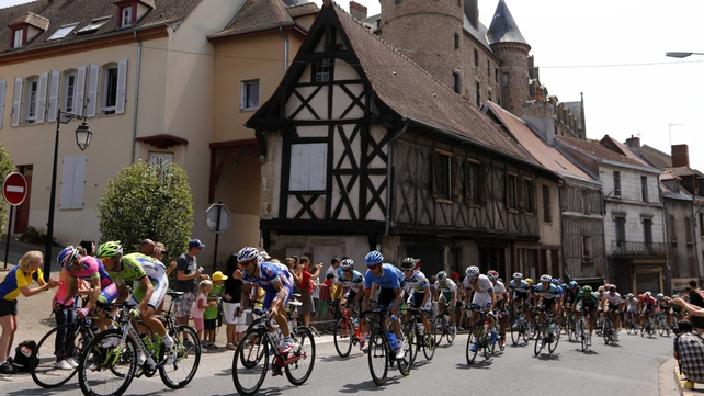 The 14th stage of the Tour de France was a 191-km undulating ride from Saint Pourcain sur Sioule