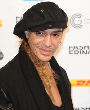 Galliano for Oscar de la Renta role?