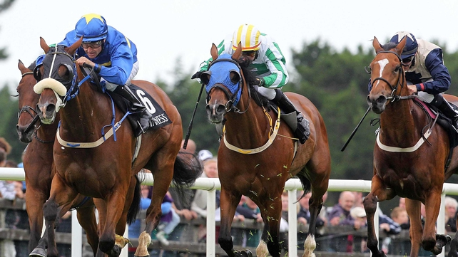 Maundy Money (centre) took the honours in the O'Keeffe's Marquee Hire Rathmore Handicap