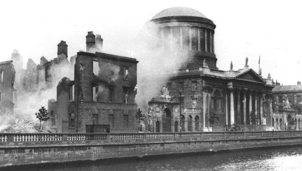 Sraith nua faoi Chogadh na gCarad: Fuinneog Feirste