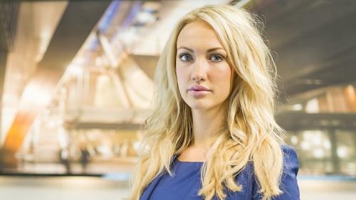 Dr Leah Totton
