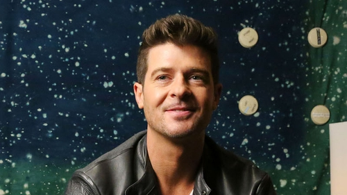 Robin Thicke wants Barack Obama to star in his next music video