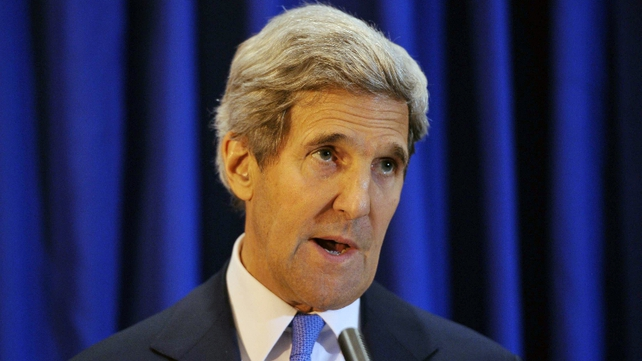 US secretary of state John Kerry warns Egyptian authorities to respect the right to peaceful protest
