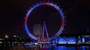 The London Eye is illuminated to mark the royal birth