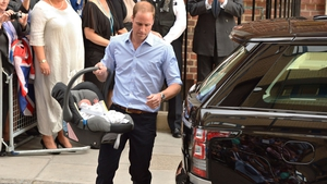 Prince William put his son in a car seat and drove home to Kensington Palace