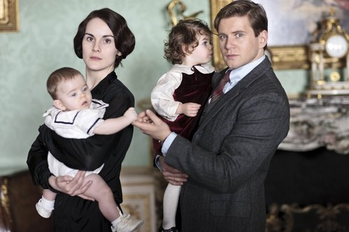 First peek at the new series of Downton Abbey