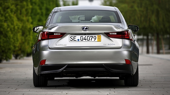 The only alternative to a German compact premium saloon