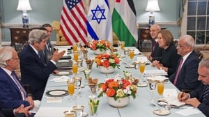 US Secretary of State John Kerry hosts a dinner with Israeli and Palestinian negotiators
