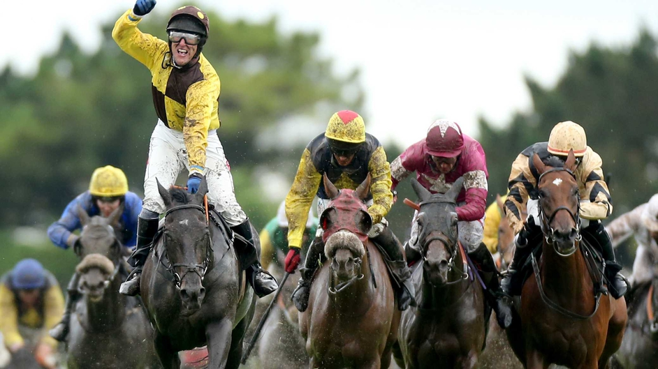 Missunited and Robbie Power win Thursday's Guinness Galway Hurdle at Ballybrit