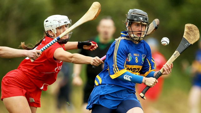 Jill Horan in action against Denise Cronin of Cork in June