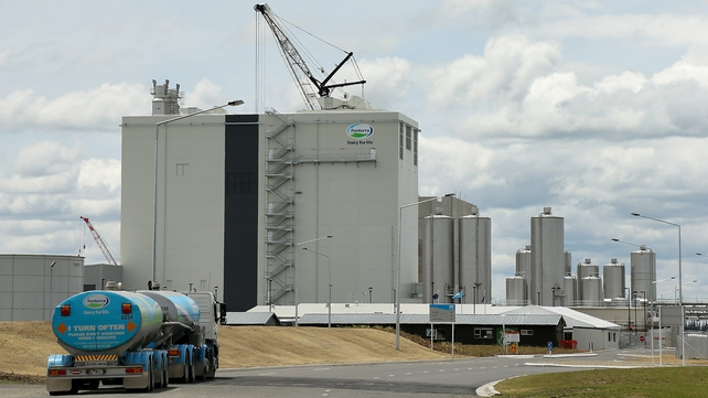 Botulism scare has hit world's largest dairy product exporter, New Zealand's Fonterra