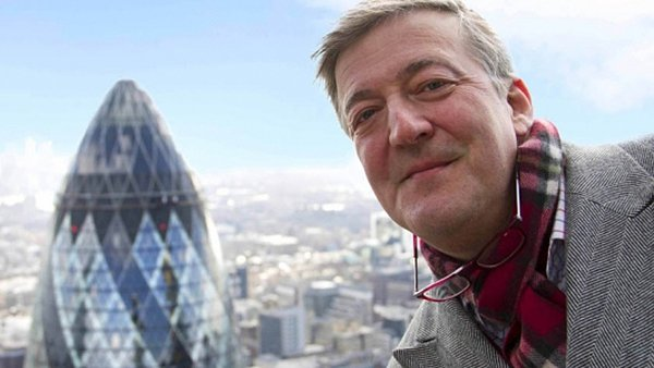 Stephen Fry compared Vladimir Putin  to Adolf Hitler