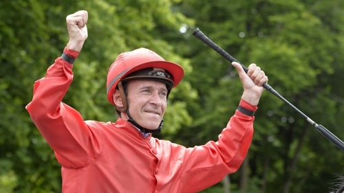 Jockey Thierry Jarnet and Moonlight Cloud have clinched three victories this year