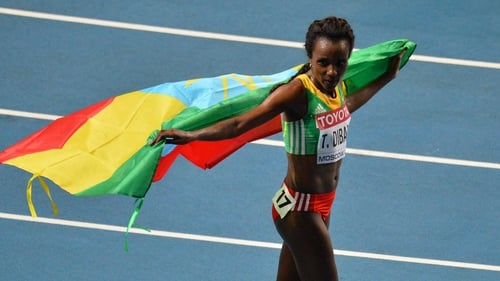 Tirunesh Dibaba has achieved a hat-trick of 10,000m world titles