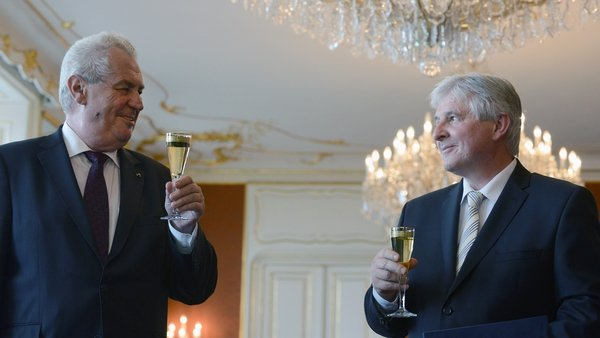 President Milos Zeman and Prime Minister Jiri Rusnok toast Mr Rusnok's appointment in June