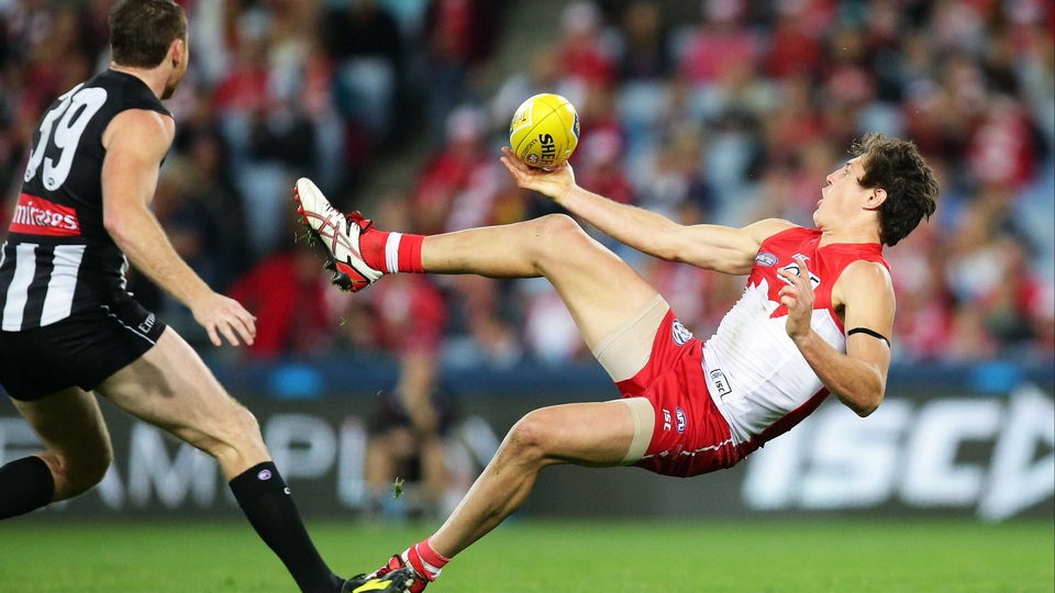 Kurt Tippett of the Swans attempts a mark against the Magpies during the AFL match at ANZ Stadium in Sydney, Australia