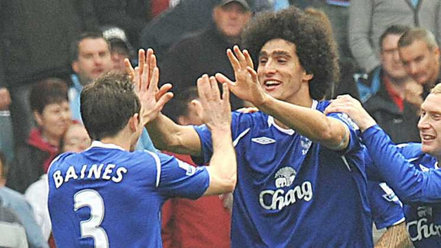 Leighton Baines and Marouane Fellaini remain Manchester United's top targets