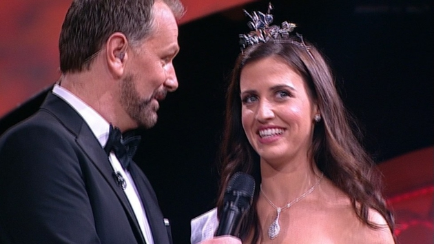 Haley O'Sullivan speaks to host Daithi O Se after she was crowned the winner