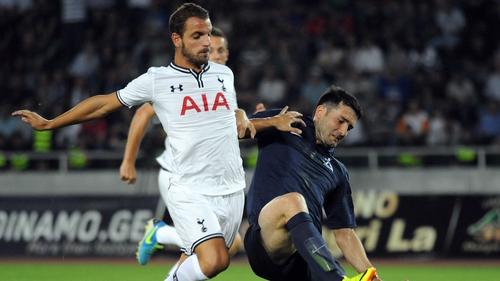 Givi Kvaratskhelia of FC Dinamo Tbilisi (R) vies for posession with new Spurs signing Roberto Soldado