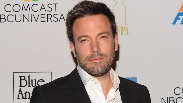 Affleck drops out of two planned directorial projects