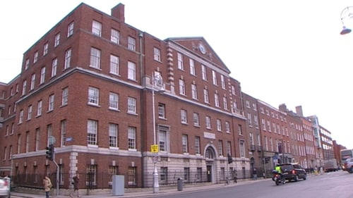 Data Protection Commissioner Billy Hawkes has contacted the National Maternity Hospital at Holles Street