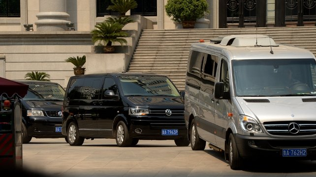 Convoy takes Bo Xilai away from the court house