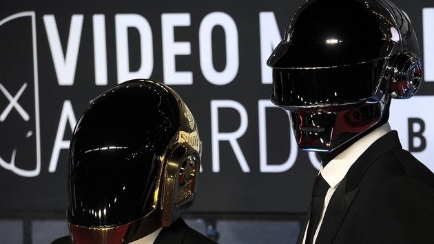 Daft Punk make rare public appearance at VMAs