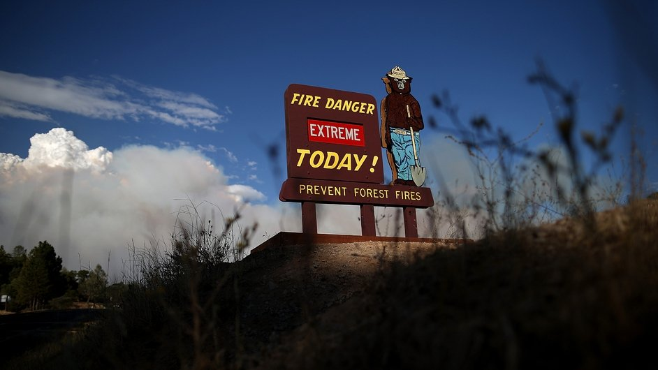 A sign warns of extreme fire danger near the Park