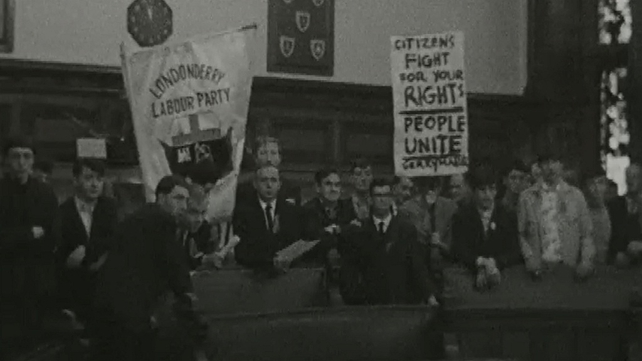 Protesters at Guildhall 27 August 1968