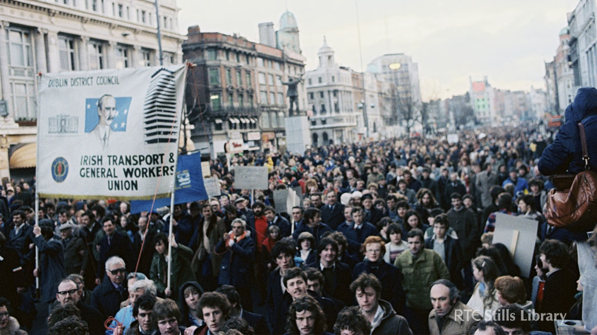 PAYE tax protest march, Dublin city (1980)