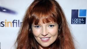 Stef Dawson to play Annie Cresta