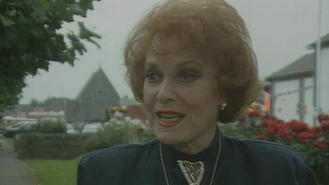 Maureen O'Hara (1996)