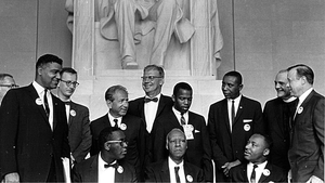 King and other civil rights leaders gather at the Lincoln Memorial in Washington DC