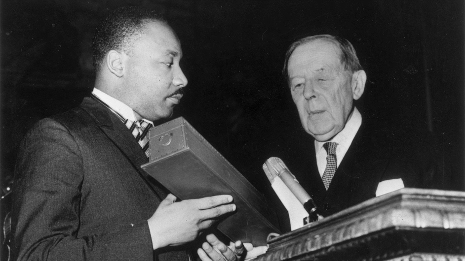 King is awarded the Nobel Peace Prize in 1964