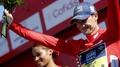 Roche takes control of La Vuelta