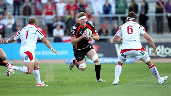 Andrew Coombes attacks the Ulster line