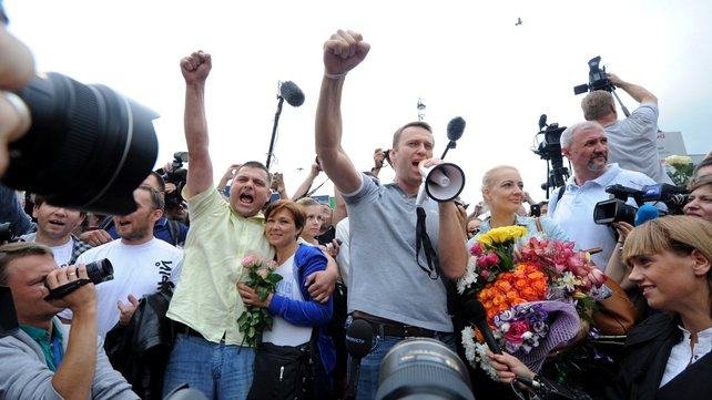 Alexei Navalny addresses supporters after his release from jail in July