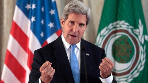 John Kerry met representatives of the Arab League in Paris to discuss Syria