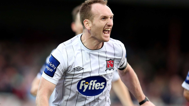 Dundalk's Stephen O'Donnell celebrates his vital late goal
