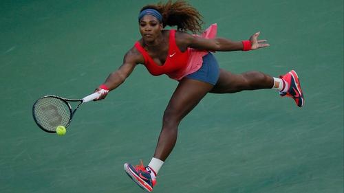 Serena Williams hammered down nine aces against Victoria Azarenka on Arthur Ashe Stadium