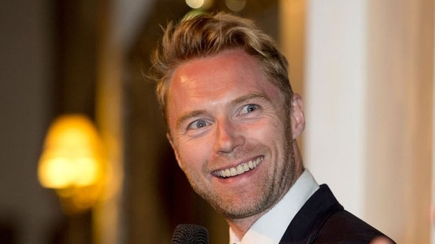 Ronan Keating will star in a big-screen adaptation of Marie Jones's Stones in His Pockets