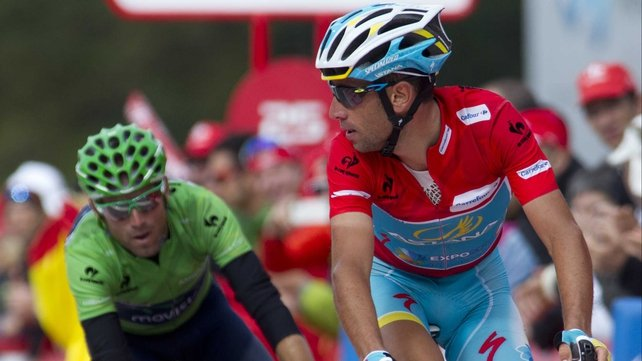 Race leader Vincenzo Nibali (R)