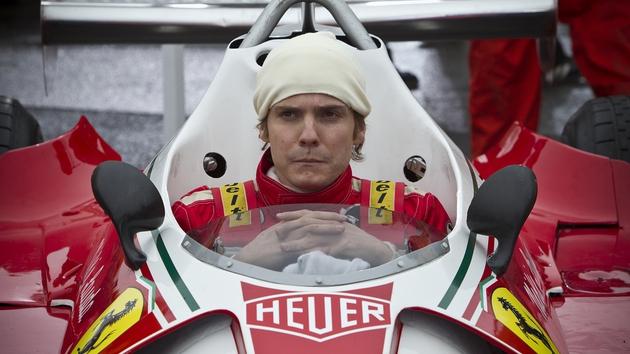 Daniel Brühl transforms into Niki Lauda